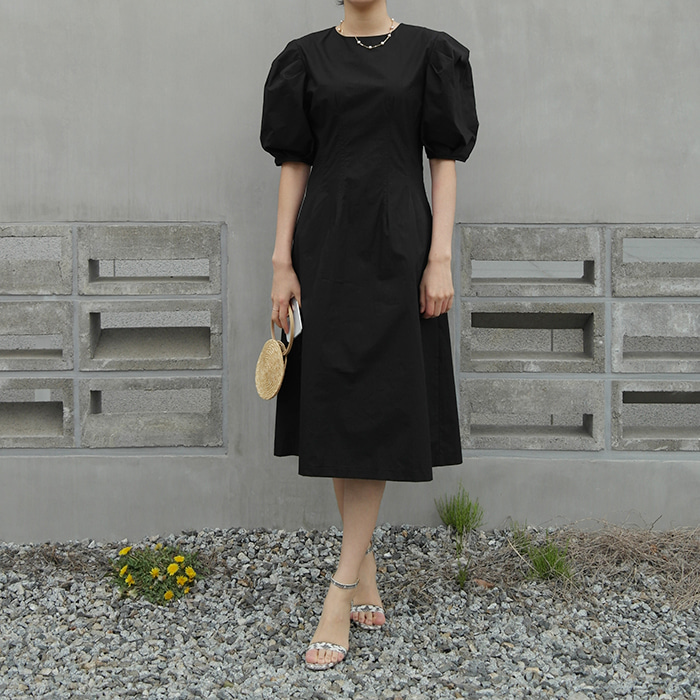 Puff-sleeve Pleated Dress