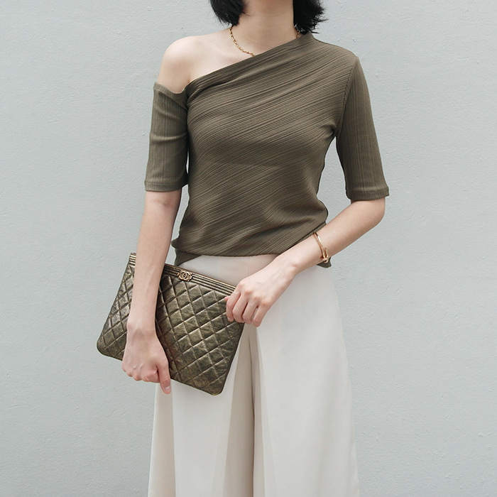 Ribbed Asymmetrical Knit