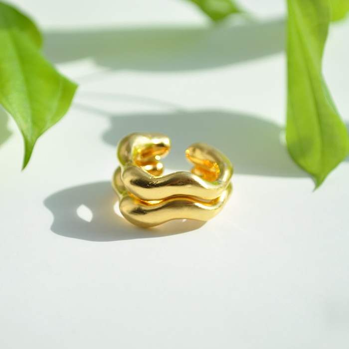 Gold-Plated Waved Ring